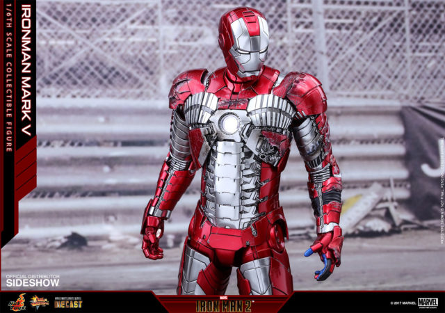 Battle-Damaged Iron Man Mark V Hot Toys Figure